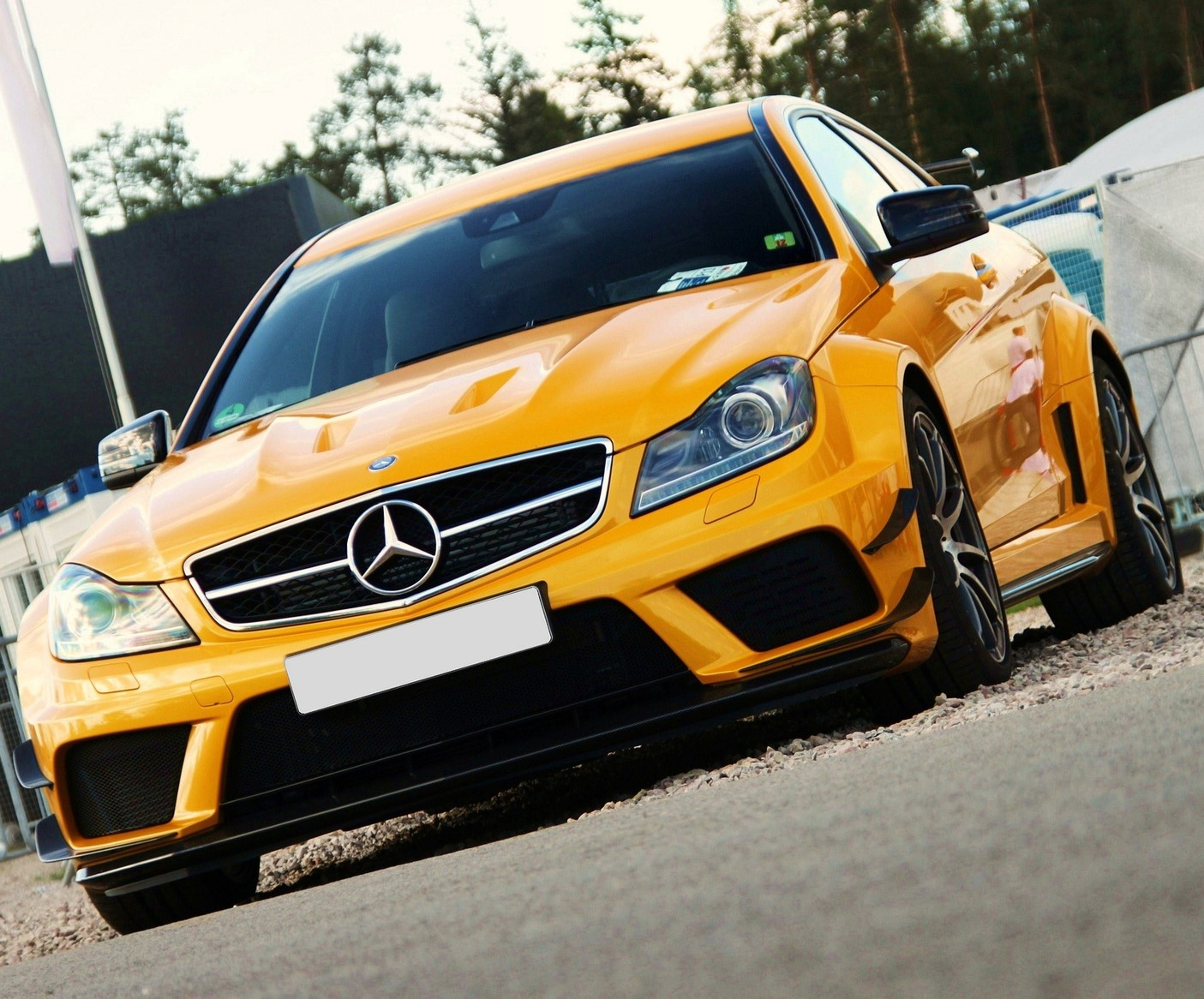 Yellow-Mercedes-Benz-Cars-Lubrita OEM approval.jpg